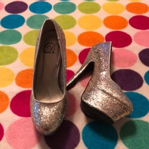 My Delicious Shoes Glitter Heels sparkle size 6.5